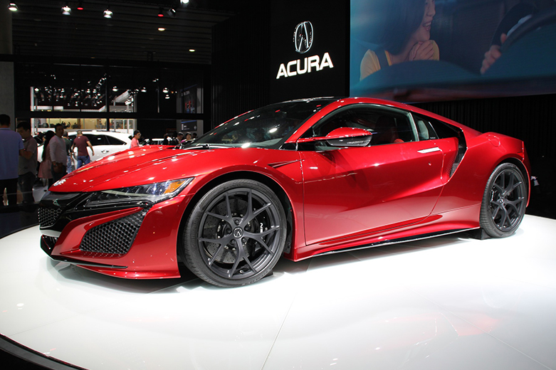 Auto Shows: Evolution or Diminishing Relevance in the Modern Automotive Industry?